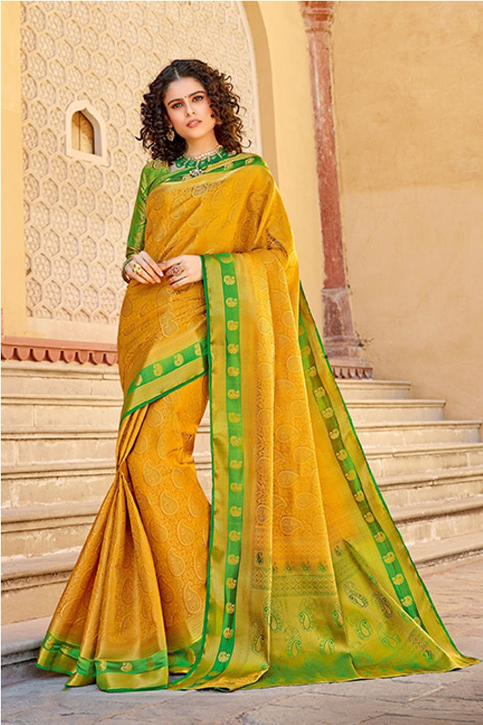 Classy Saree look pretty like never before.Wearing this Saree which made from Silk