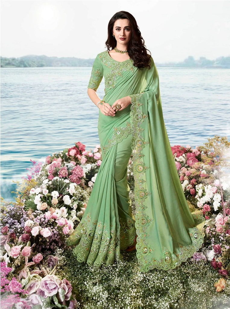 Flaunt Your Rich And Elagant Taste Wearing This Pretty Designer Saree